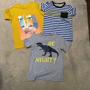 Lot of 3 boys T-shirt's Carter's children's place
